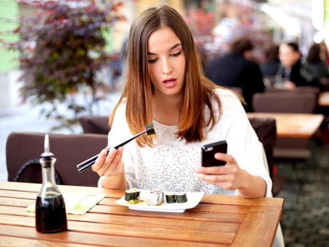Calorie-counting-apps-need-not-always-be-polite-Shutterstock-image