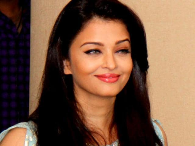 Aishwarya Rai Bachchan,Jazbaa,Irrfan