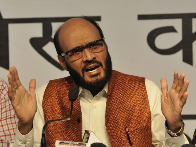 Congress-leader-and-party-s-chief-spokesperson-in-MP-KK-Mishra-Mujeeb-Faruqui-HT-photo