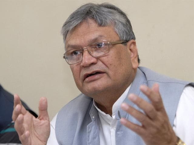 Talking-to-HT-Aslam-Sher-Khan-said-fielding-of-weak-candidates-by-the-Congress-was-indicative-of-the-fact-that-the-party-was-in-disarray-in-MP-HT-photo