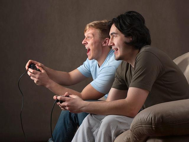 Just-15-minutes-of-playing-video-games-together-can-turn-complete-strangers-into-friends-increasing-their-empathy-for-one-another-according-to-a-new-study-AFP