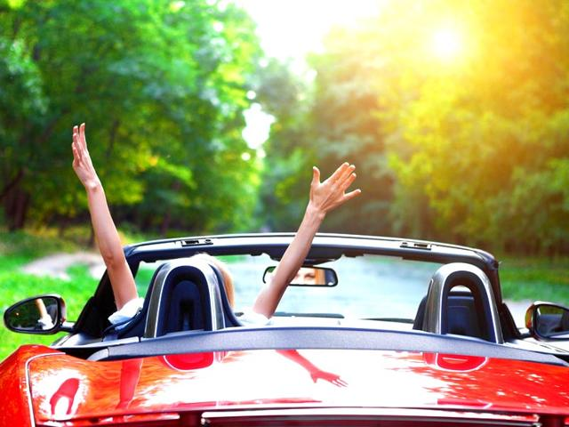 Environment-culture-and-climate-can-all-effect-what-color-car-someone-might-buy-Photo-Shutterstock