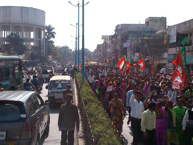 Participants-during-a-rally-on-Pardeshipura-main-road-in-Indore-on-Sunday-The-rally-completely-blocked-the-road-causing-inconvenience-to-the-commuters-Shankar-Mourya-HT-photo