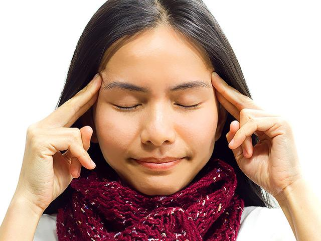 Closing-your-eyes-can-also-help-you-recall-both-audio-and-visual-details-Photo-Shutterstock