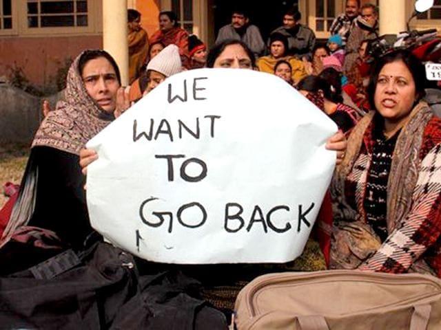 Kashmiri Pandits,Kashmir,refugees