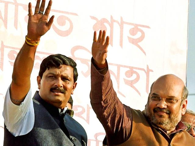 BJP-President-Amit-Shah-with-WB-BJP-President-Rahul-Sinha-and-other-leaders-at-a-rally-in-Burdwan-district-in-West-Bengal-on-Tuesday-PTI-Photo
