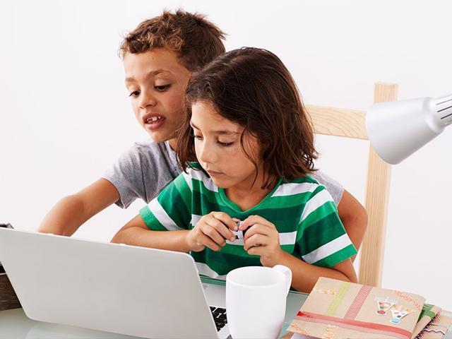 Don-t-blame-Facebook-for-your-kids-bad-grades-Shutterstock