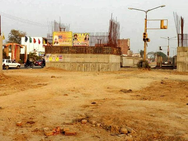 A-view-of-the-uncompleted-national-highway-95-inside-the-Moga-city-HT-Photo