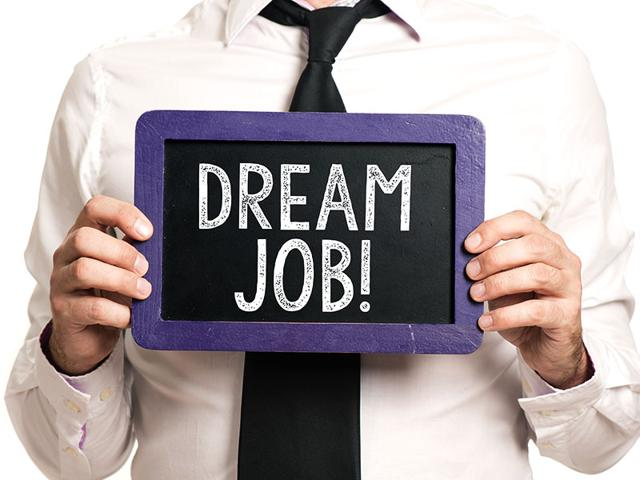Study-finds-that-job-seekers-with-attitudes-focused-on-learning-have-more-success-finding-their-dream-jobs-Shutterstock