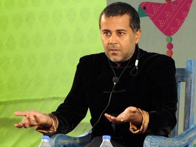 Chetan-Bhagat-at-session-on-The-Spinner-of-Tales-during-the-Literature-Festival-in-Jaipur-on-Sunday-25-January-2015-Photo-Mohd-Zakir-HT