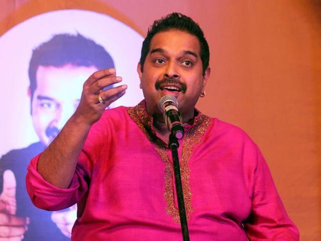 Bollywood-singer-Shankar-Mahadevan-performs-during-the-22nd-Sanand-Utsav-in-Indore-on-Sunday-Shankar-Mourya-HT-photo