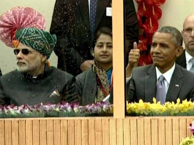 President-Barack-Obama-gives-a-thumbs-up-to-the-BSF-personnels-who-displayed-stunts-on-motorcycles-at-the-Republic-Day-parade