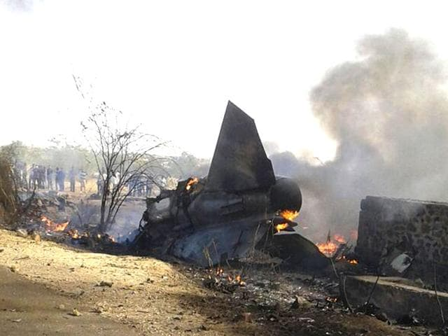 A-MiG-27-fighter-aircraft-of-the-Indian-Air-Force-crashed-that-crashed-in-Rajasthan-s-Barmer-HT-Photo
