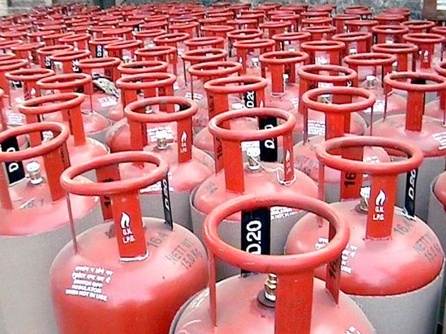 Centre-is-likely-to-further-prune-the-eligibility-criteria-for-consumers-who-actually-need-subsidies-on-cooking-fuels-LPG-and-kerosene-File-Photo