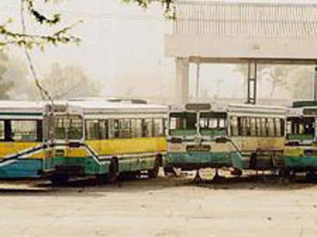 Bus-Symbolic-Photo-HT