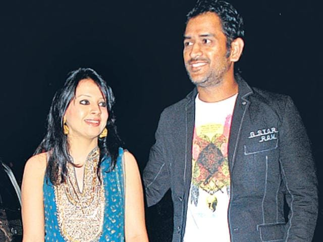 Indian-Cricket-team-captain-MS-Dhoni-s-wife-Sakshi-delivered-their-first-baby-a-girl-at-a-private-hospital-in-Gurgaon-on-Friday-Agencies-file-photo