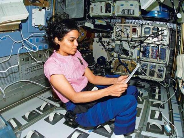 Astronaut-Kalpana-Chawla-one-of-the-seven-crew-members-killed-in-the-space-shuttle-Columbia-disaster-in-2003-was-the-first-Indian-woman-in-space