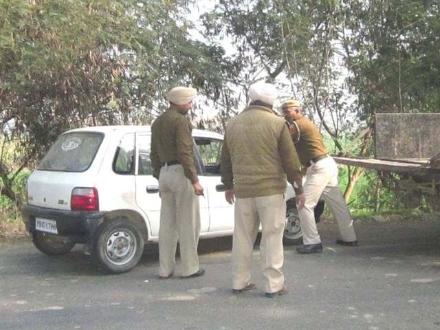 The-police-had-found-the-bodies-of-Kamaljit-Jaswinder-Kaur-19-and-Balwinder-Kaur-16-in-his-car-on-the-Tanda-Sri-Hargobindpur-road-HT-Photo