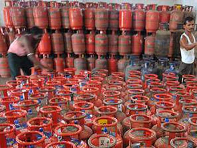 With effect from January 1, the LPG consumers with taxable income of more than Rs 10 lakh per annum will no longer get subsidy on gas cylinders.