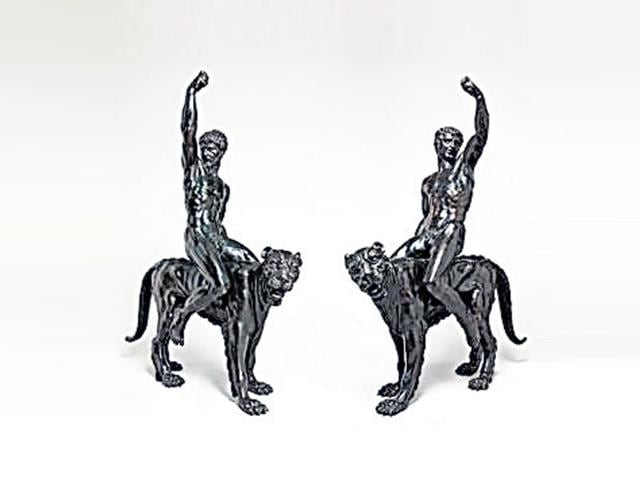 The-two-bronze-sculptures-by-the-iconic-artist