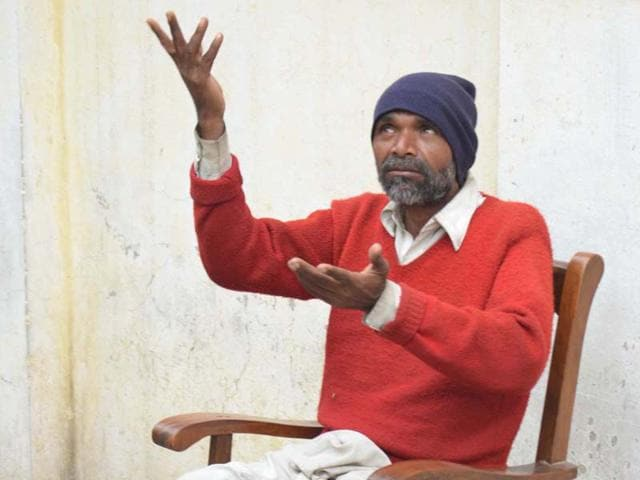 Mohammad-Ahmad-who-was-released-by-Pakistan-in-February-2012-in--Amritsar-on-Monday-Sameer-Sehgal-HT