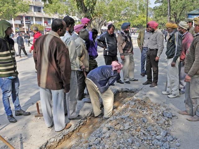 Chandigarh,Rs 50-lakh pipe scam,UT vigilance department