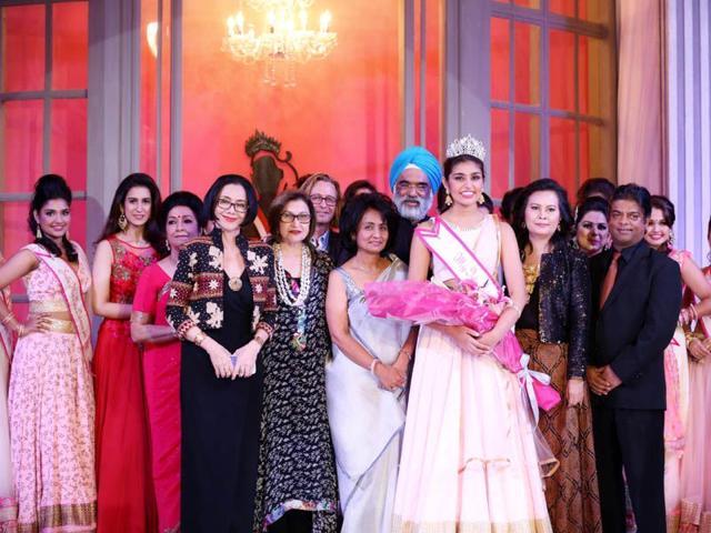 Punjabi-origin-Grace-Walia-was-crowned-Miss-India-Indonesia-2015