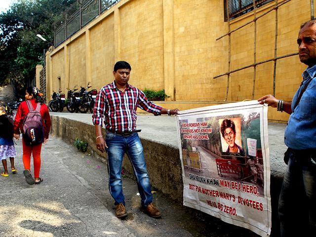 Poonam Mahajan. BMC,bollywood