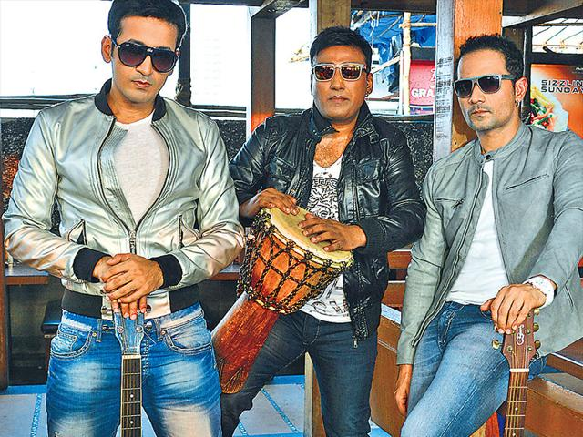 Meet-Bros-Anjjan-are-the-composers-of-hits-such-as-Baby-Doll-Hangover-from-Kick-and-Beparwah-from-Baby