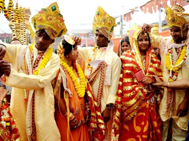 arranged marriage,suitable boy,family