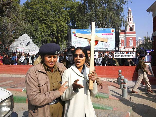 Delhi church attacks,delhi church attack protests