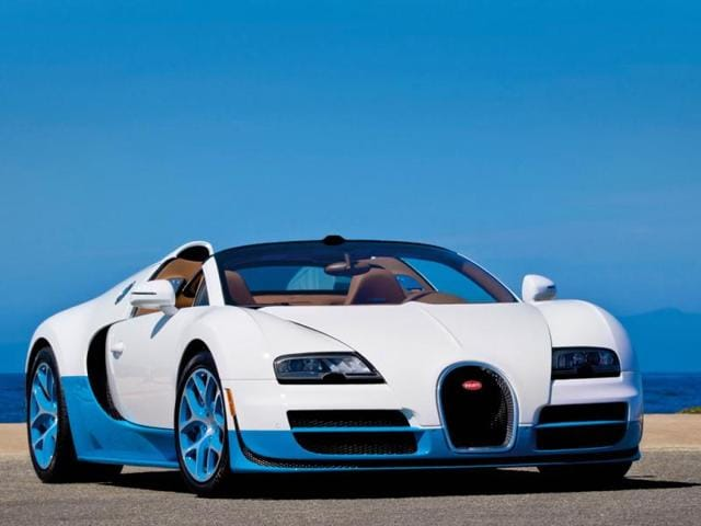 The-Bugatti-Veyron-16-4-Grand-Sport-Vitesse-revs-up-with-around-1-200hp-Photo-AFP