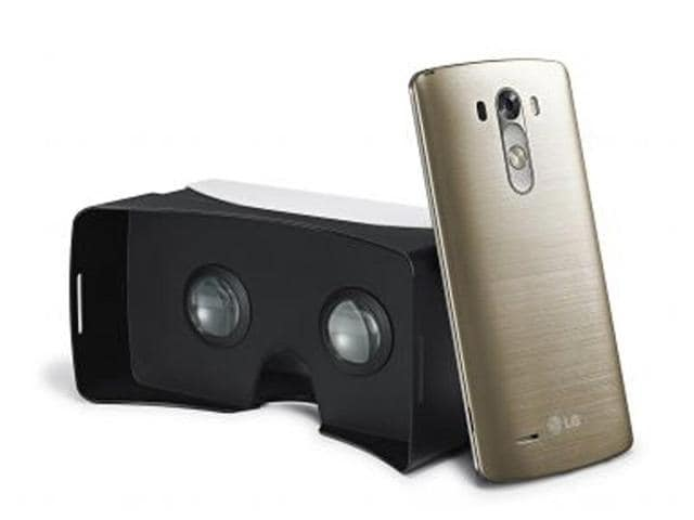 The-LG-VR-for-3G-headset-Photo-AFP
