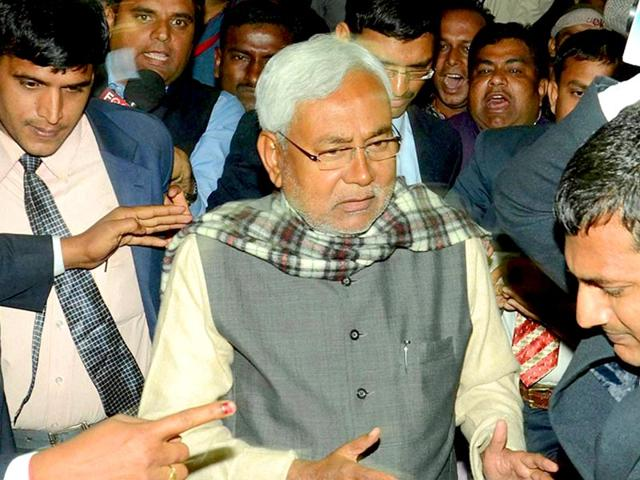 Bihar-chief-minister-Jitan-Ram-Manjhi-and-his-one-time-mentor-Nitish-Kumar-are-locked-in-a-bitter-tussle-over-power