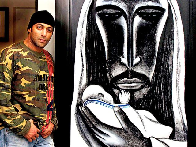 Salman Khan and his painting breaks