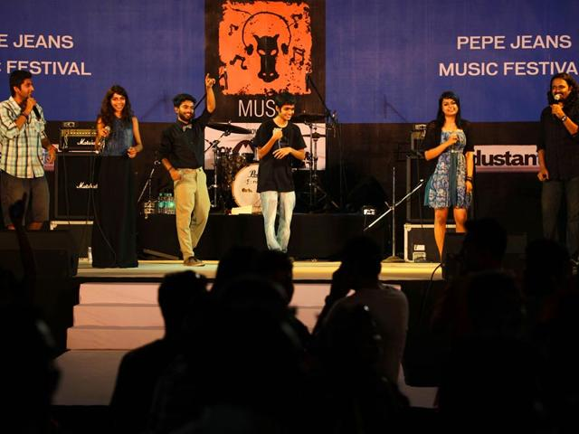 Voctronica-India-s-first-all-vocal-ensemble-performs-at-Cross-Maidan-in-Churchgate-on-the-day-7-of-HT-Kala-Ghoda-Arts-Festival-Kalpak-Pathak-HT-photo