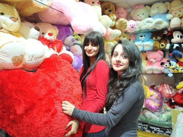 Chandigarh,gift shops,florists