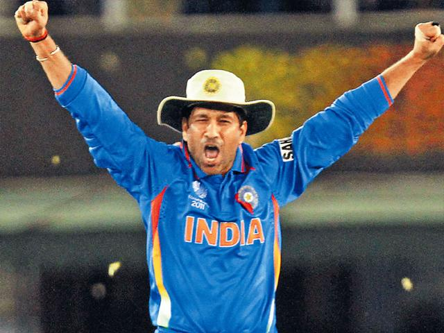 Sachin-Tendulkar-celebrates-the-victory-against-Pakistan-during-the-ICC-World-Cup-semi-final-in-Mohali-Mohammed-Zakir-HT-Photo
