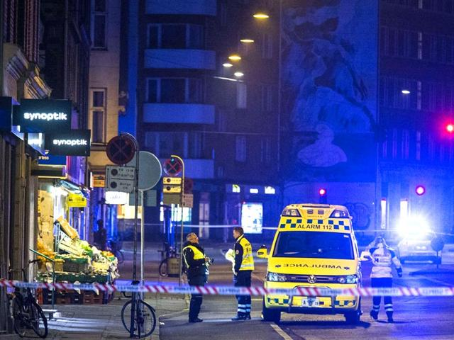 Policemen-secure-the-area-around-a-building-in-Copenhagen-Denmark-where-shots-were-fired-outside-the-venue-of-a-debate-held-on-art-blasphemy-and-free-speech-AFP-Photo