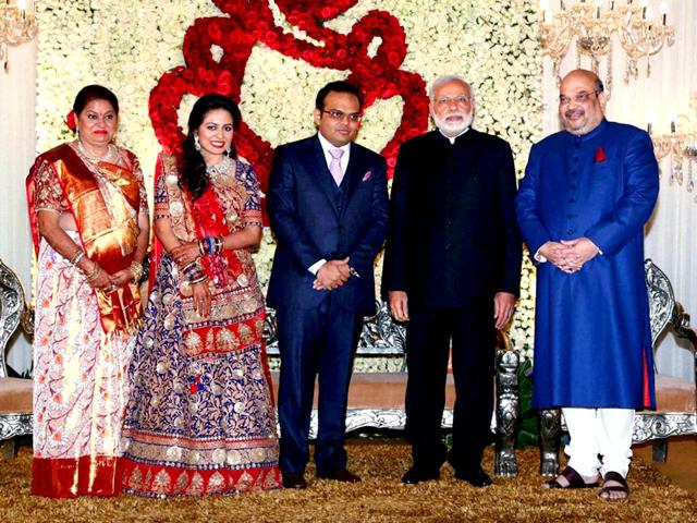 Prime-Minister-Narendra-Modi-with--BJP-national-president-Amit-shah-and-his-son-Jay-and-daughter-in-law-Rishita-during-their-wedding-reception-in-New-Delhi-on-Sunday-PTI-Photo