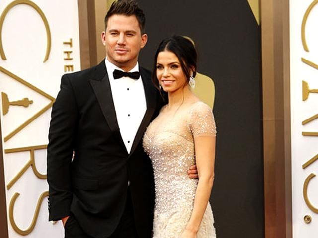 Channing-Tatum-and-Jenna-Dewan-Tatum-looked-stunning-at-the-red-carpet-of-The-Oscars-in-2013
