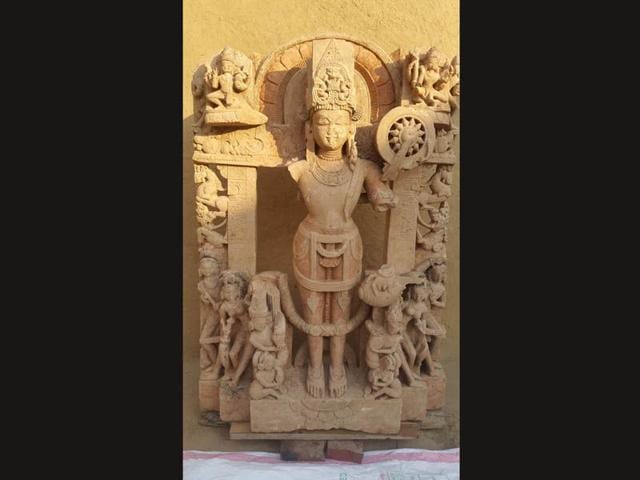 The-ancient-idol-of-deity-Vishnu-which-was-discovered-during-digging-of-a-mound-in-a-field-at-Algon-Kothi-village-in-Bhikhiwind-township-of-Tarn-Taran-district-HT-Photo