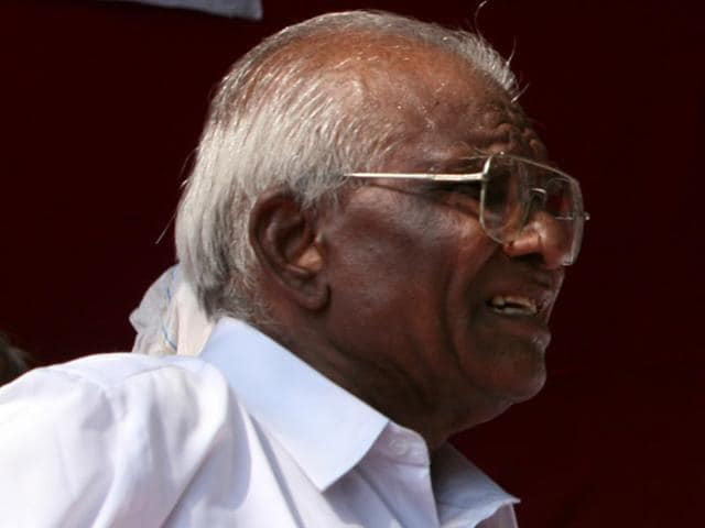 Rs 5 lakh bounty announced for info on Pansare's killers