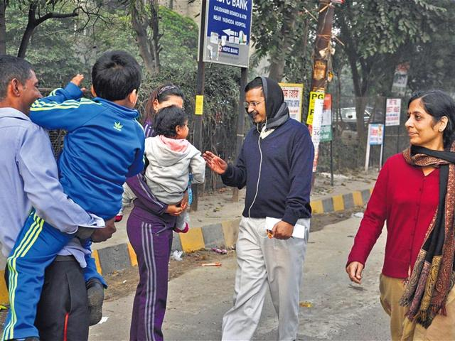 Mission-accomplished-Delhi-chief-minister-Arvind-Kejriwal-has-resumed-his-morning-walks-with-wife-Sunita-The-couple-greets-locals-in-Ghaziabad-on-Monday-morning-Sakib-Ali-HT-Photo