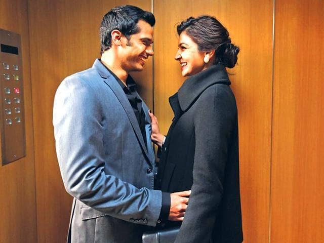 Anushka-Sharma-Neil-Bhoopalam-and-Darshan-Kumar-visit-Hindustan-Times-office-Delhi-to-promote-their-upcoming-film-NH10