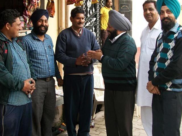 SAD-candidiate-Parmeet-Singh-Bedi-campaigning-at-Dera-Baba-Nanak-in-Gurdaspur-on-Tuesday-HT-Photo