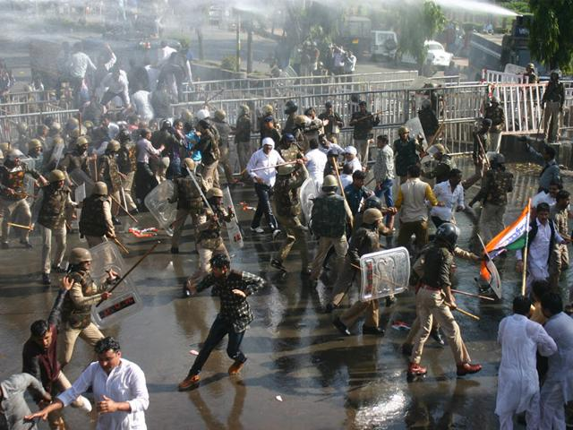 Bhopal-police-use-water-cannons-to-disperse-Congress-workers-when-they-gathered-to-stage-a-demonstration-against-PEB-scam-in-Bhopal-on-Wednesday-Bidesh-Manna-HT-photo