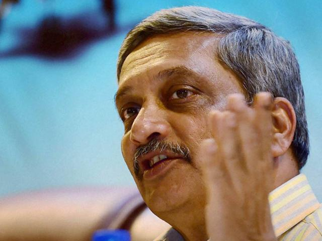 Parrikar says Chinese Ganesha's eyes narrower, pitches for 'Make in India'