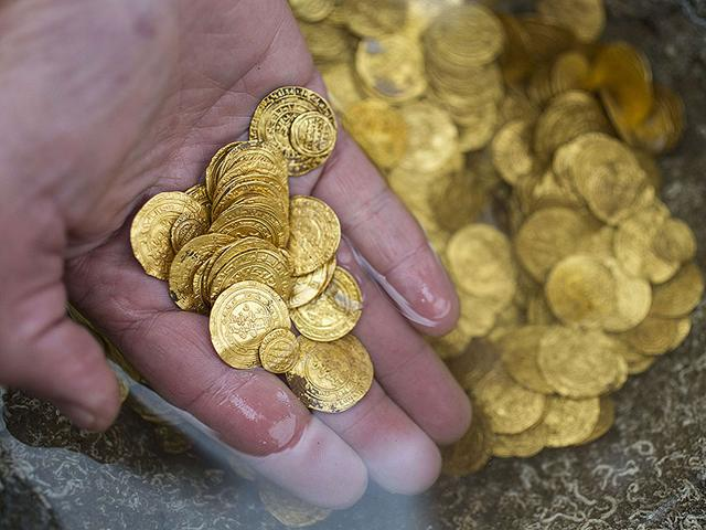 Gold-coins-recently-found-on-the-seabed-off-Israel-s-Mediterranean-coast-in-the-Israeli-town-of-Caesarea-AFP-Photo