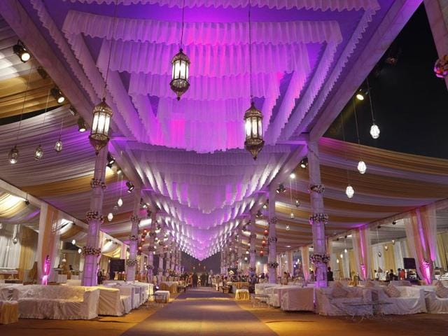 No-Punjabi-wedding-is-complete-without-elaborate-floral-decorations-and-luxurious-arrangements-with-colourful-canopies